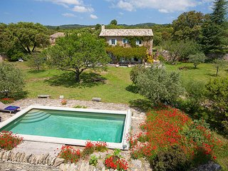2 bedroom Villa in Coustellet, Provence-Alpes-Cote d'Azur, France : ref 5604797