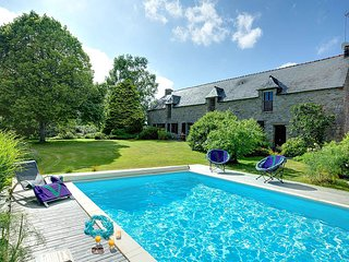 4 bedroom Villa in Baye, Brittany, France : ref 5604901