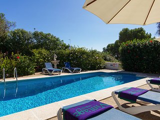Binibequer Vell Villa Sleeps 6 with Pool Air Con and WiFi - 5604707