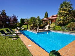 5 bedroom Villa in Gondomar, Galicia, Spain : ref 5604586