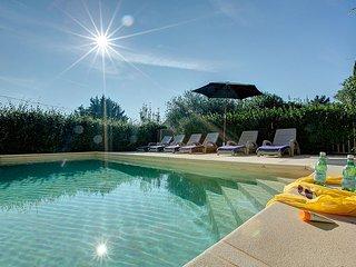 Caromb Villa Sleeps 6 with Pool and WiFi - 5604796