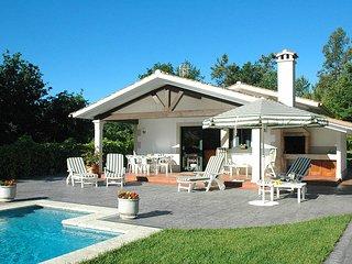 3 bedroom Villa in Gondomar, Galicia, Spain : ref 5604608