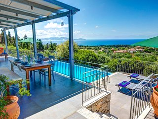2 bedroom Villa in Mánganos, Ionian Islands, Greece : ref 5604831