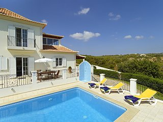 3 bedroom Villa in Agostos, Faro, Portugal : ref 5604862