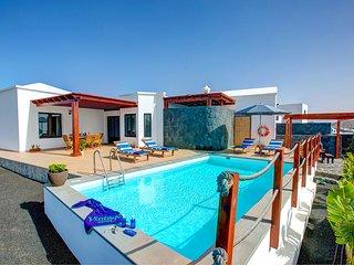 3 bedroom Villa in Puerto del Carmen, Canary Islands, Spain : ref 5604890