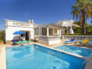 2 bedroom Villa in Guia, Faro, Portugal : ref 5604859