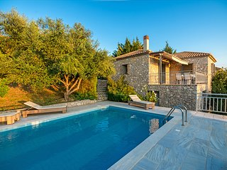 2 bedroom Villa in Gialova, Peloponnese, Greece : ref 5604845