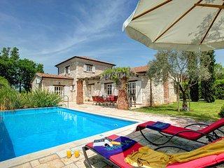 4 bedroom Villa in Sveti Lovreč Pazenatički, Istria, Croatia : ref 5604768