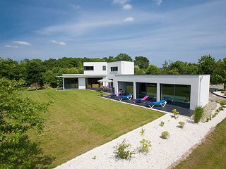 4 bedroom Villa in Clohars-Fouesnant, Brittany, France : ref 5604898