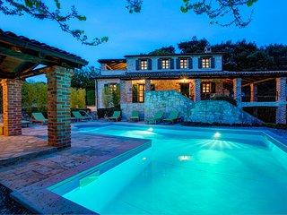 4 bedroom Villa in Sveti Lovreč Pazenatički, Istria, Croatia : ref 5604766