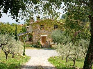 3 bedroom Villa in Pelago Casanova, Tuscany, Italy : ref 5604630