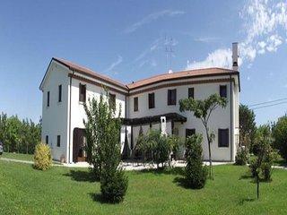 7 bedroom Villa in Santa Maria di Campagna, Veneto, Italy : ref 5491522