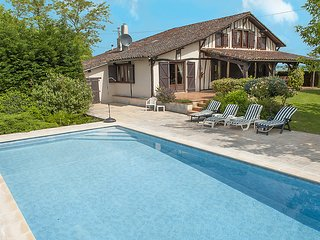 5 bedroom Villa in Campagne-d'Armagnac, Occitania, France : ref 5604576