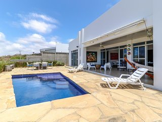 Long-term discounts: Ocean-view home w/ private pool, free WiFi, great location!