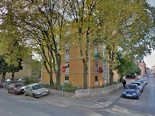 Apartment 16284