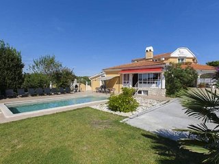 10 bedroom Villa in Pomer, Istria, Croatia : ref 5491508