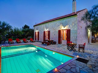 2 bedroom Villa in Perachóri, Ionian Islands, Greece : ref 5604837
