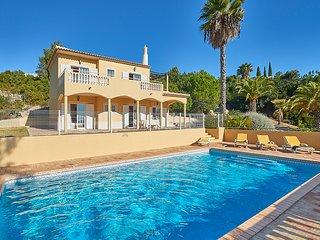 3 bedroom Villa in Estói, Faro, Portugal : ref 5604857
