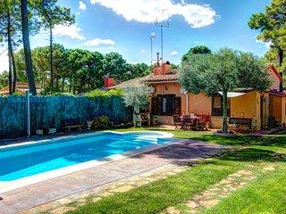 2 bedroom Villa in Fornells de la Selva, Catalonia, Spain : ref 5604503