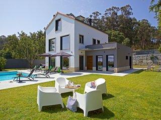 4 bedroom Villa in Moran, Galicia, Spain : ref 5604605
