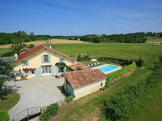 4 bedroom Villa in Amou, Nouvelle-Aquitaine, France : ref 5604562