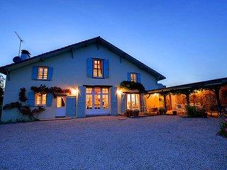 4 bedroom Villa in Amou, Nouvelle-Aquitaine, France : ref 5604562