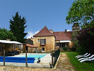 3 bedroom Villa in Prats-du-Périgord, Nouvelle-Aquitaine, France : ref 5604580