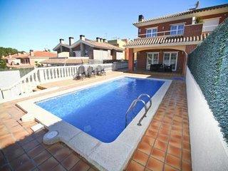 5 bedroom Villa in Salou, Catalonia, Spain : ref 5491675