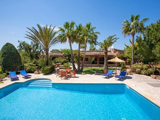 2 bedroom Villa in Cala d'Or, Balearic Islands, Spain : ref 5604699
