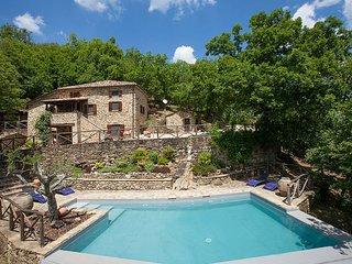 3 bedroom Villa in Col di Morro, Tuscany, Italy : ref 5604621