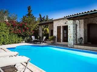 2 bedroom Villa in Khalikerí, Ionian Islands, Greece : ref 5604835