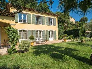 4 bedroom Villa in Saint-Paul-de-Vence, Provence-Alpes-Cote d'Azur, France : ref