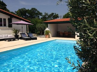 5 bedroom Villa in La Negresse, Nouvelle-Aquitaine, France : ref 5491401