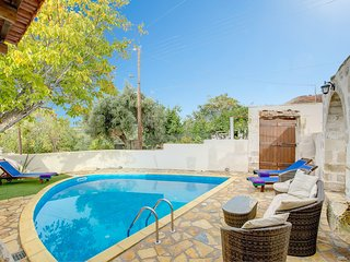 2 bedroom Villa in Ágios Pávlos, Crete, Greece : ref 5604889