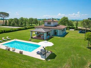 4 bedroom Villa in Ronzano, Tuscany, Italy : ref 5604636