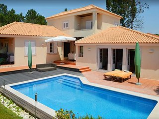 5 bedroom Villa in Quinta do Chaparro, Setubal, Portugal : ref 5491654