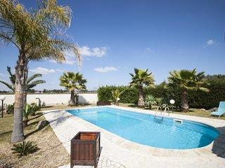 Palm Villa - Parabita