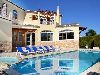 5 bedroom Villa in Pedra Alcada, Faro, Portugal : ref 5491489