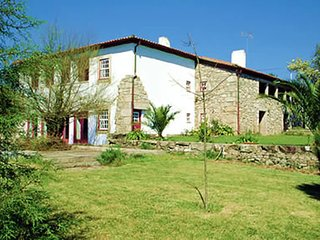 5 bedroom Villa in Vile, Viana do Castelo, Portugal : ref 5604757