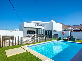 3 bedroom Villa in Las Brenas, Canary Islands, Spain : ref 5604886