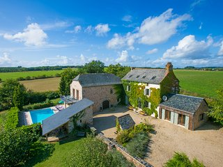 4 bedroom Villa in Saint-Andre-de-Najac, Occitania, France : ref 5604556