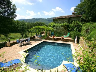 4 bedroom Villa in Col di Morro, Tuscany, Italy - 5604624