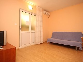 One bedroom apartment Zaklopatica, Lastovo (A-8342-b)