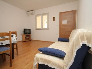 One bedroom apartment Zaklopatica, Lastovo (A-8342-c)