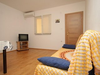 One bedroom apartment Zaklopatica, Lastovo (A-8342-d)