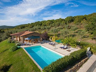 3 bedroom Villa in Lake Bolsena, Latium, Italy - 5604897