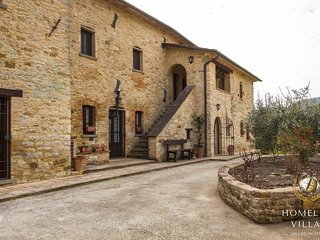 Paradisiac Villa between Umbria and Tuscany