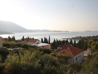 Brasina Apartment Sleeps 2 with Air Con and WiFi - 5468573