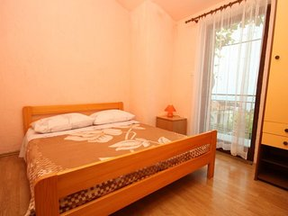 Two bedroom apartment Ivan Dolac (Hvar) (A-8753-c)