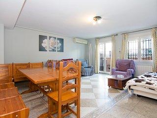 Amplio y bonito apartamento junto a Albayzin